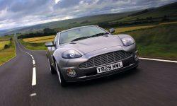 2001 Aston Martin Vanquish Wallpaper