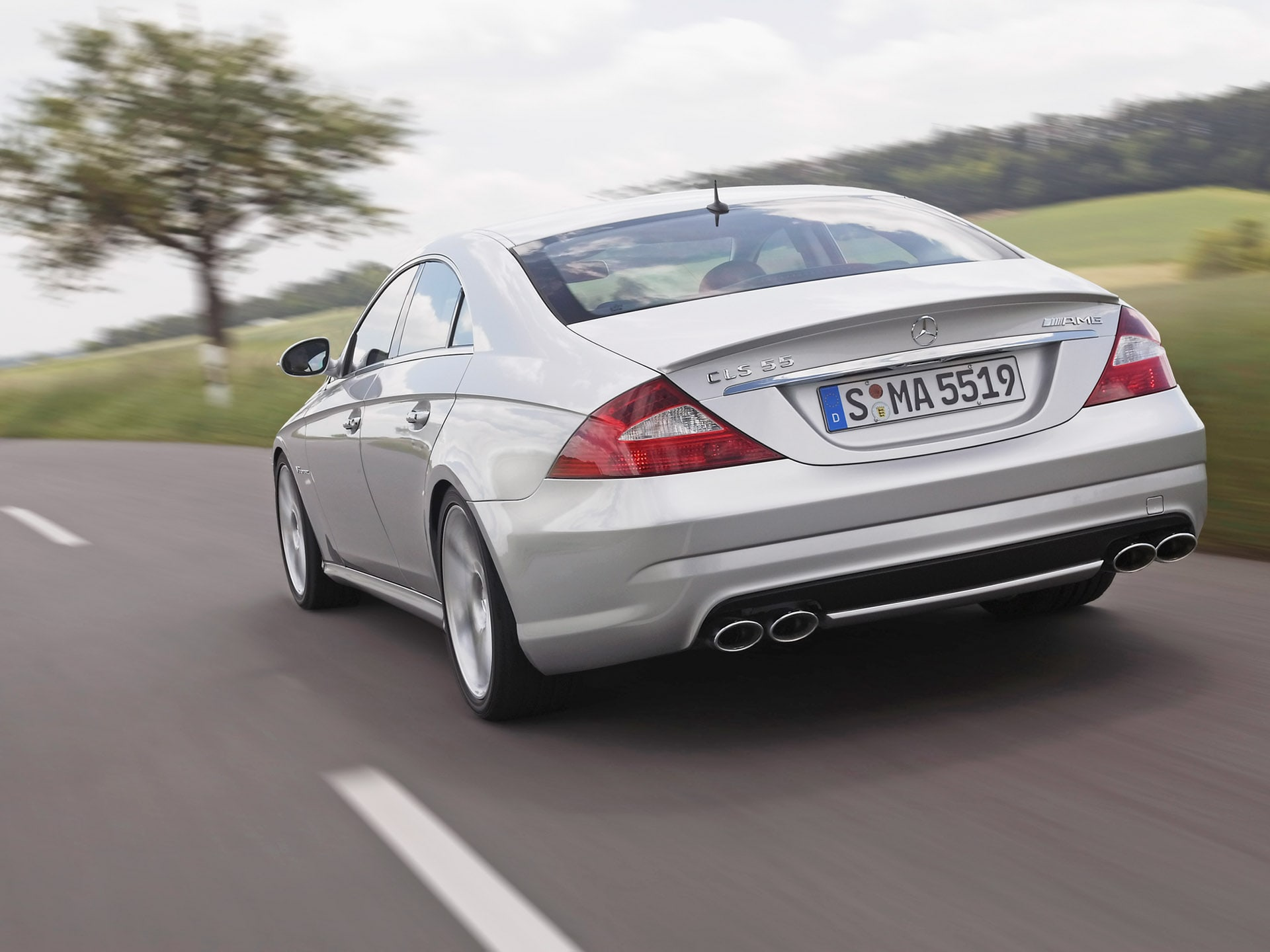 2005 Mercedes-Benz CLS Wallpaper