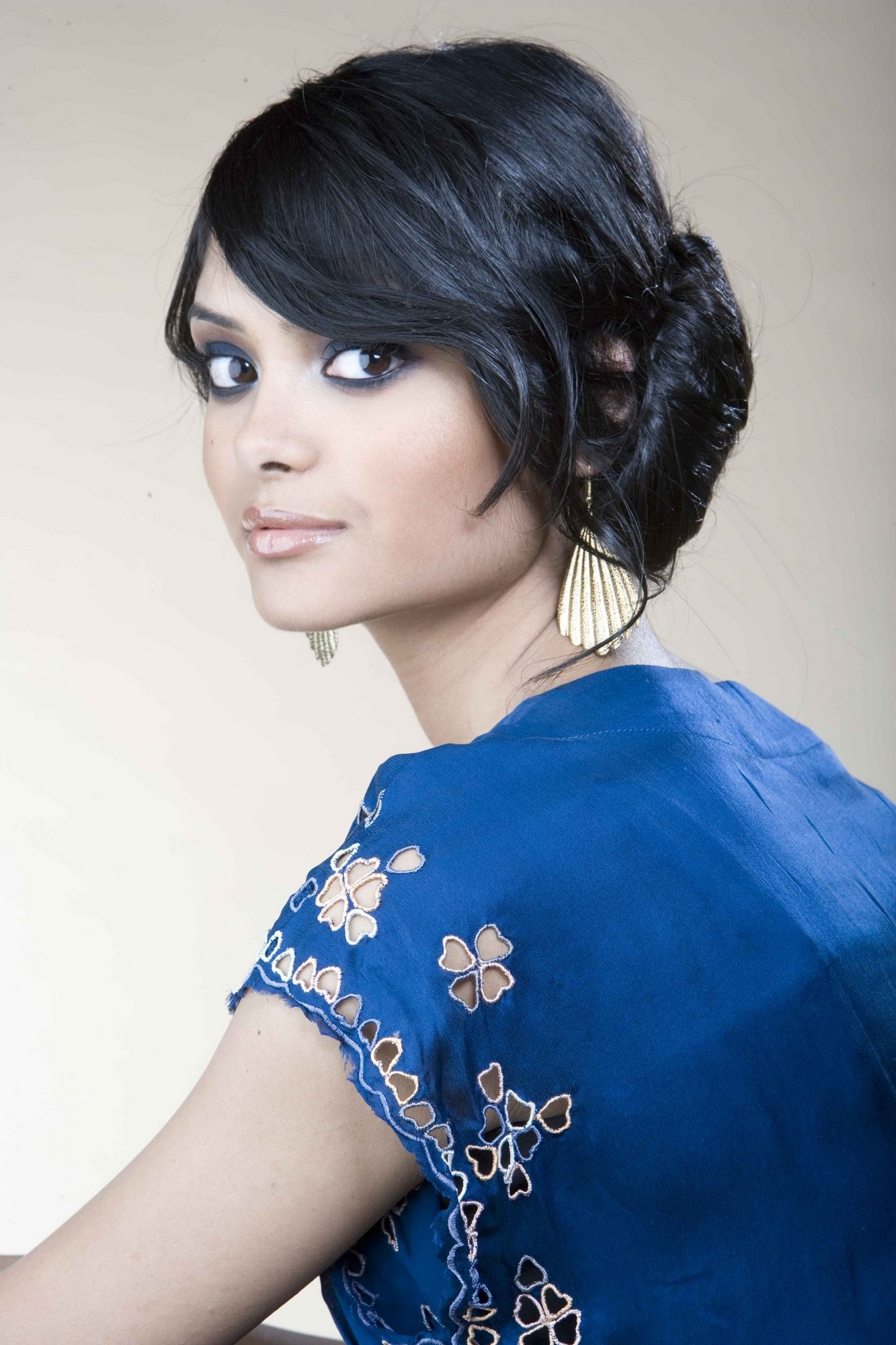 Afshan Azad Wallpaper