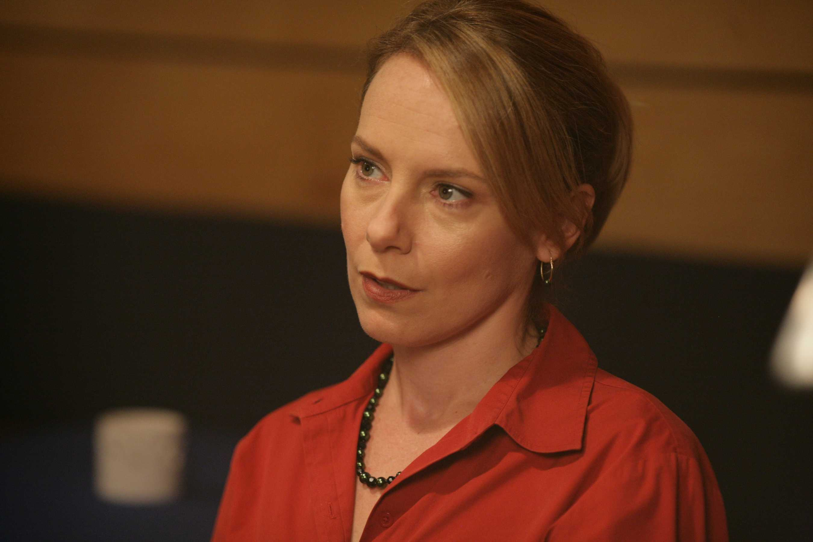 Amy Ryan Wallpaper