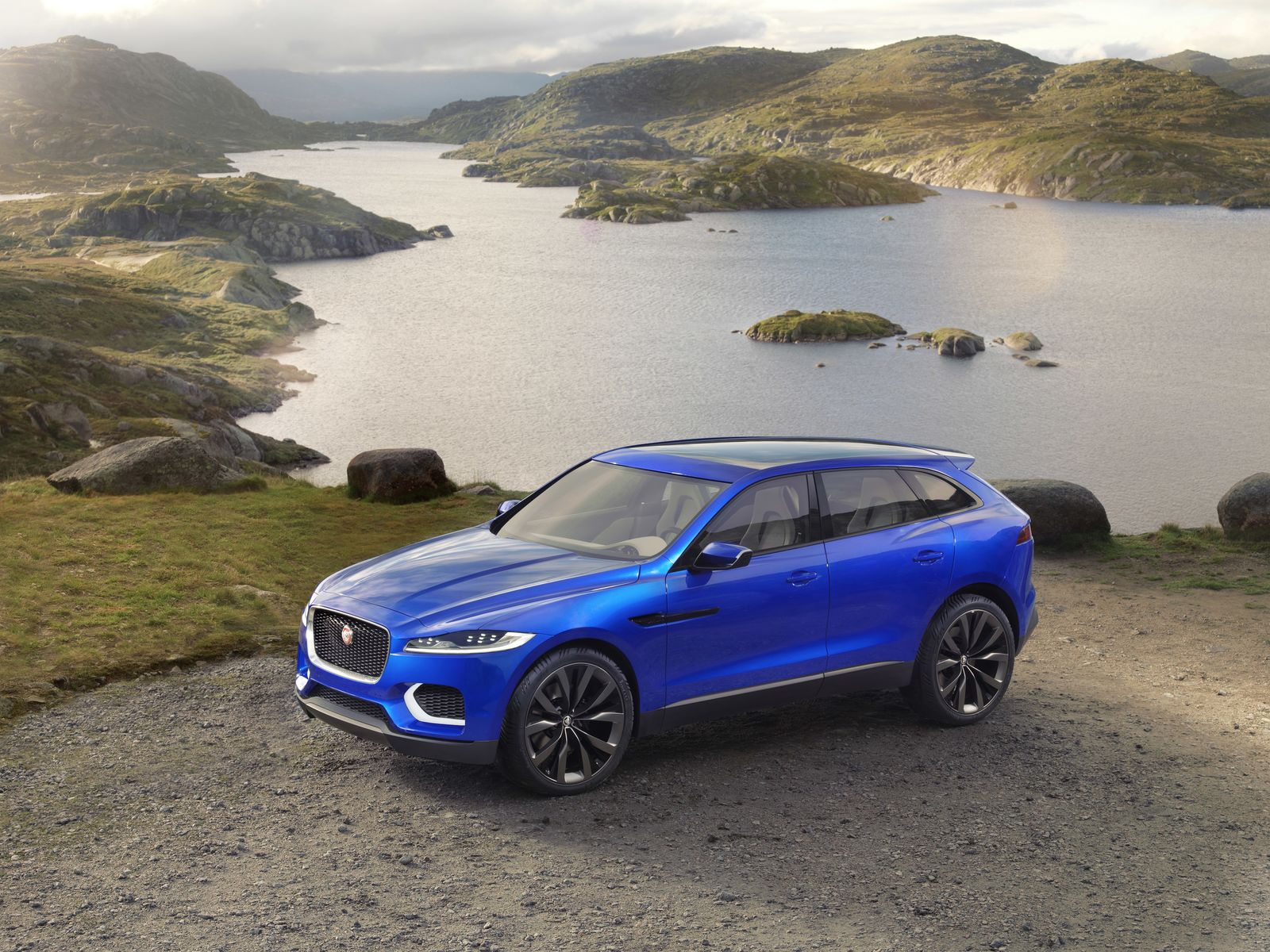 Jaguar F-Pace Wallpaper