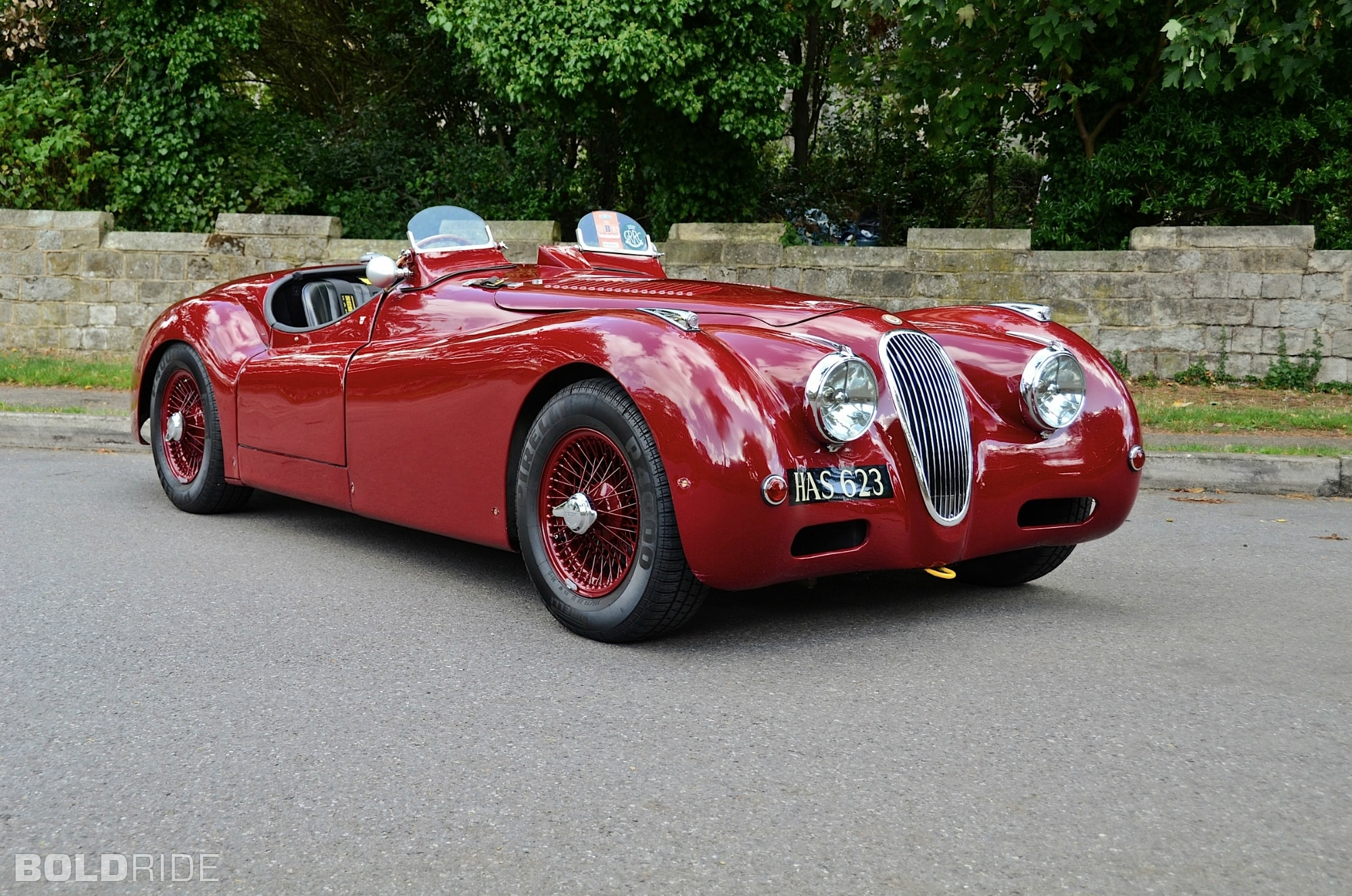 Jaguar XK120 Wallpaper