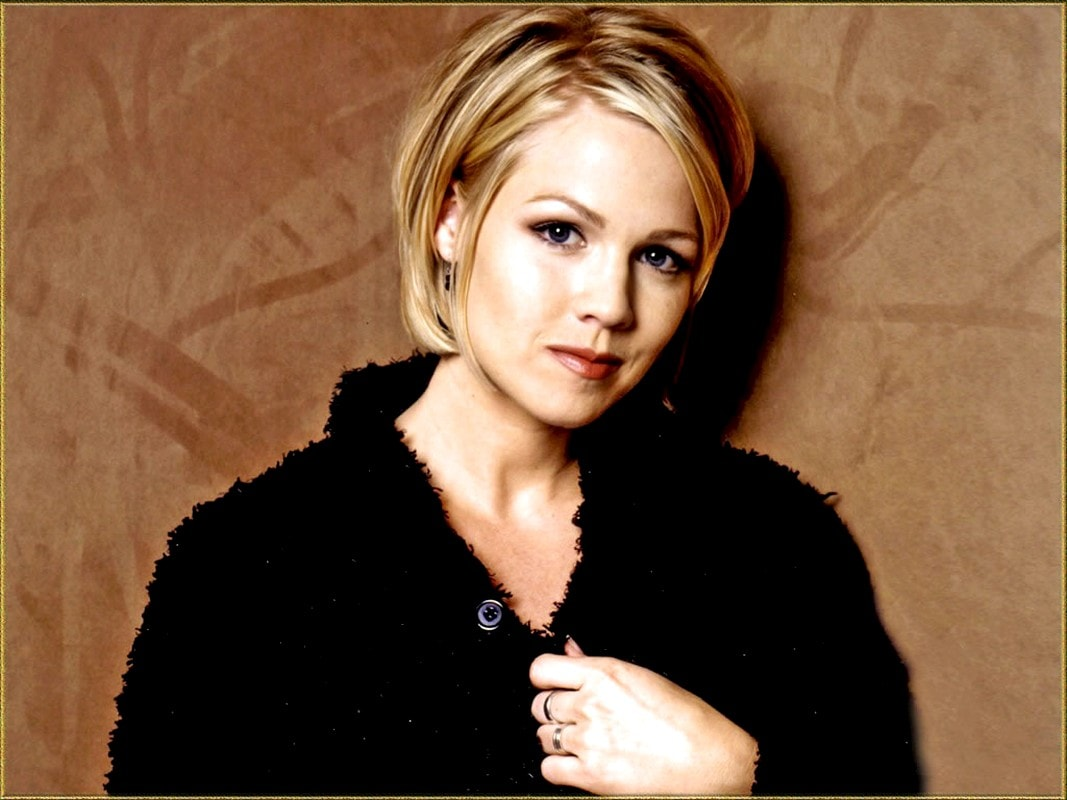 jennie garth wallpapers hd - photo #9