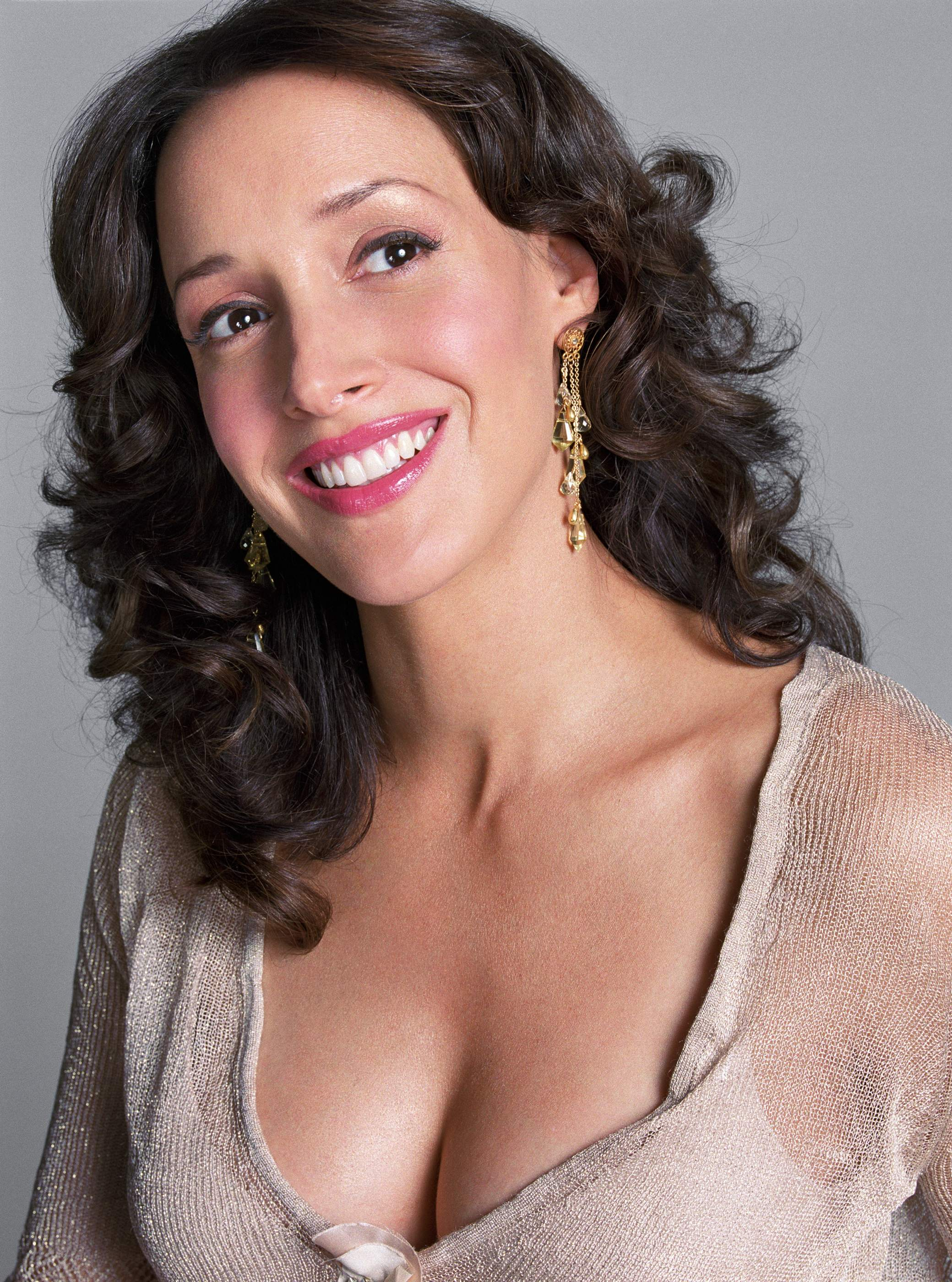 Jennifer Beals Wallpaper