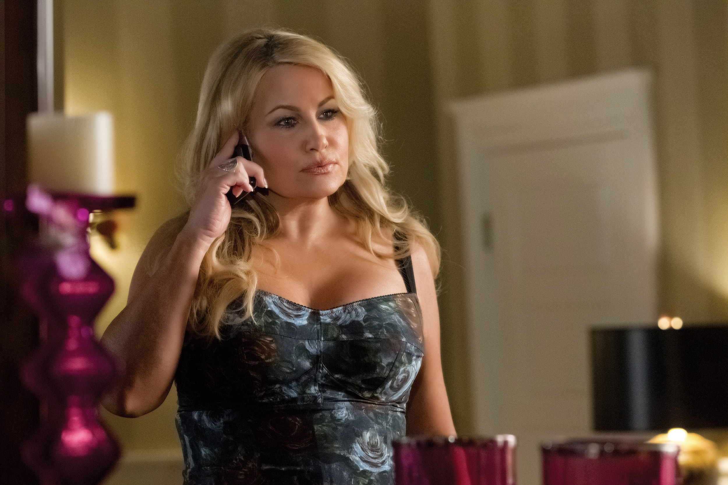 Jennifer Coolidge Wallpaper