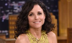 Julia Louis-Dreyfus Wallpaper