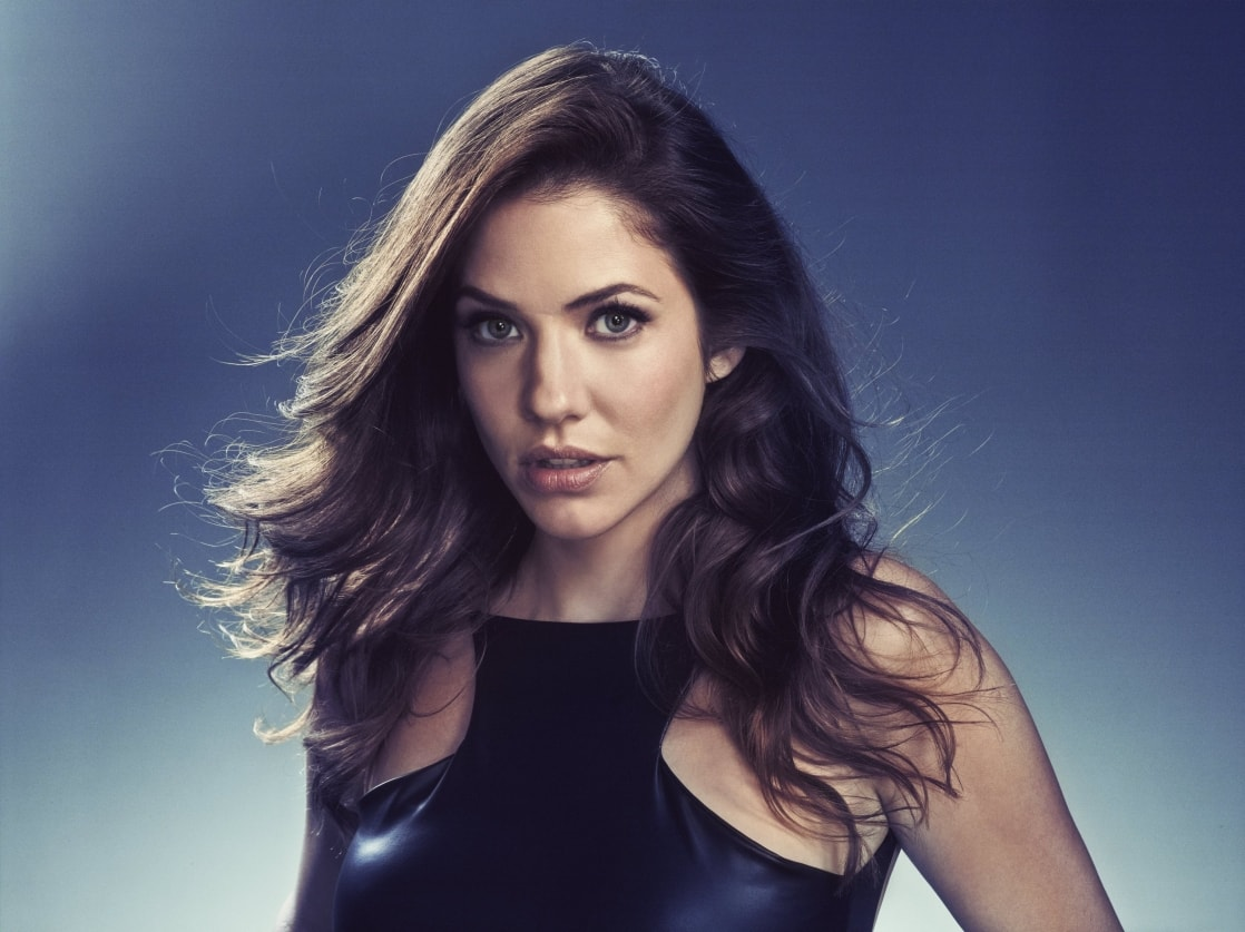 Julie Gonzalo Wallpaper