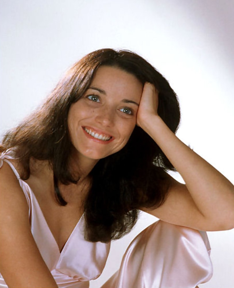 Karen Allen Wallpaper