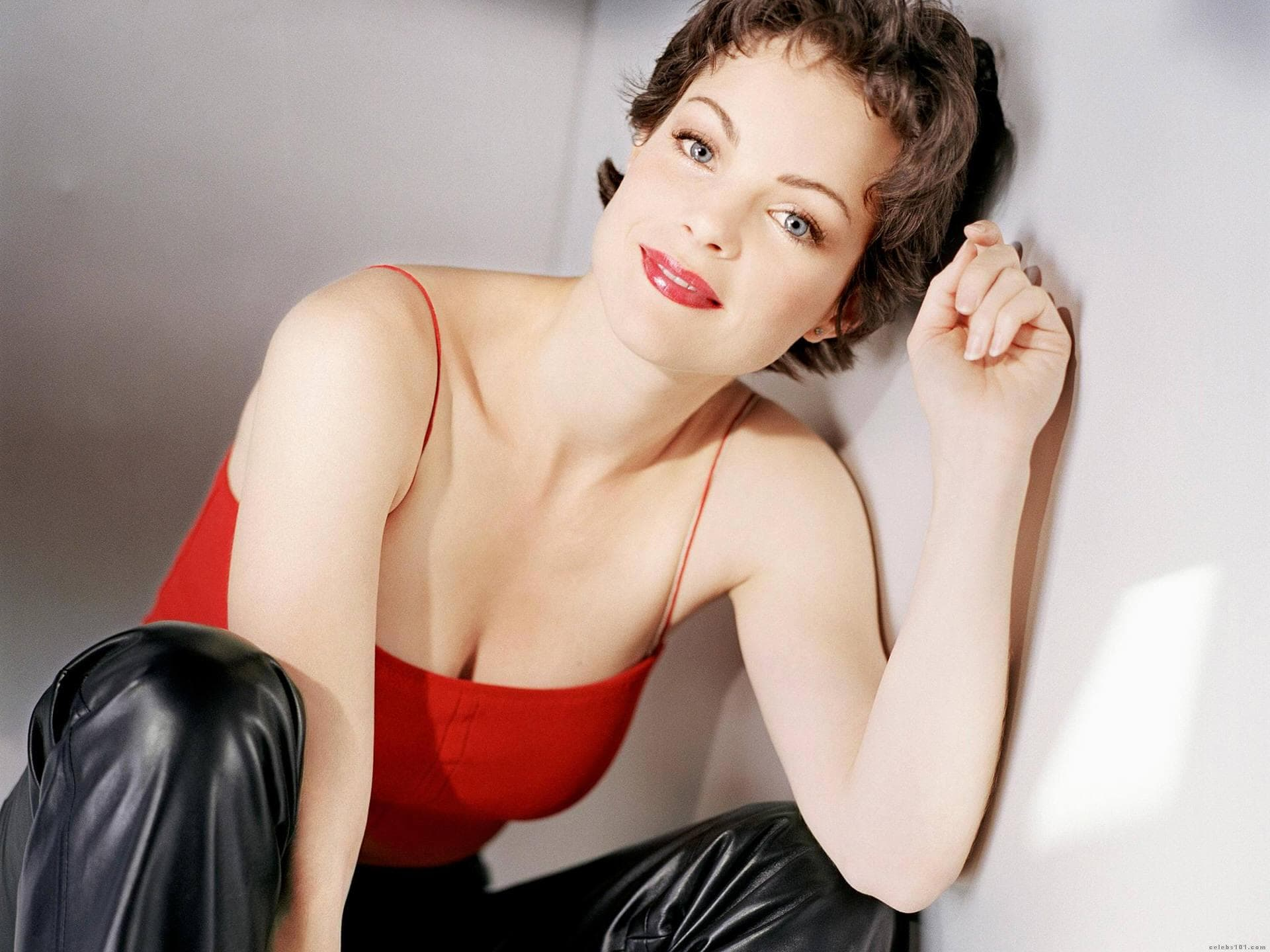 Kimberly Williams-Paisley Wallpaper