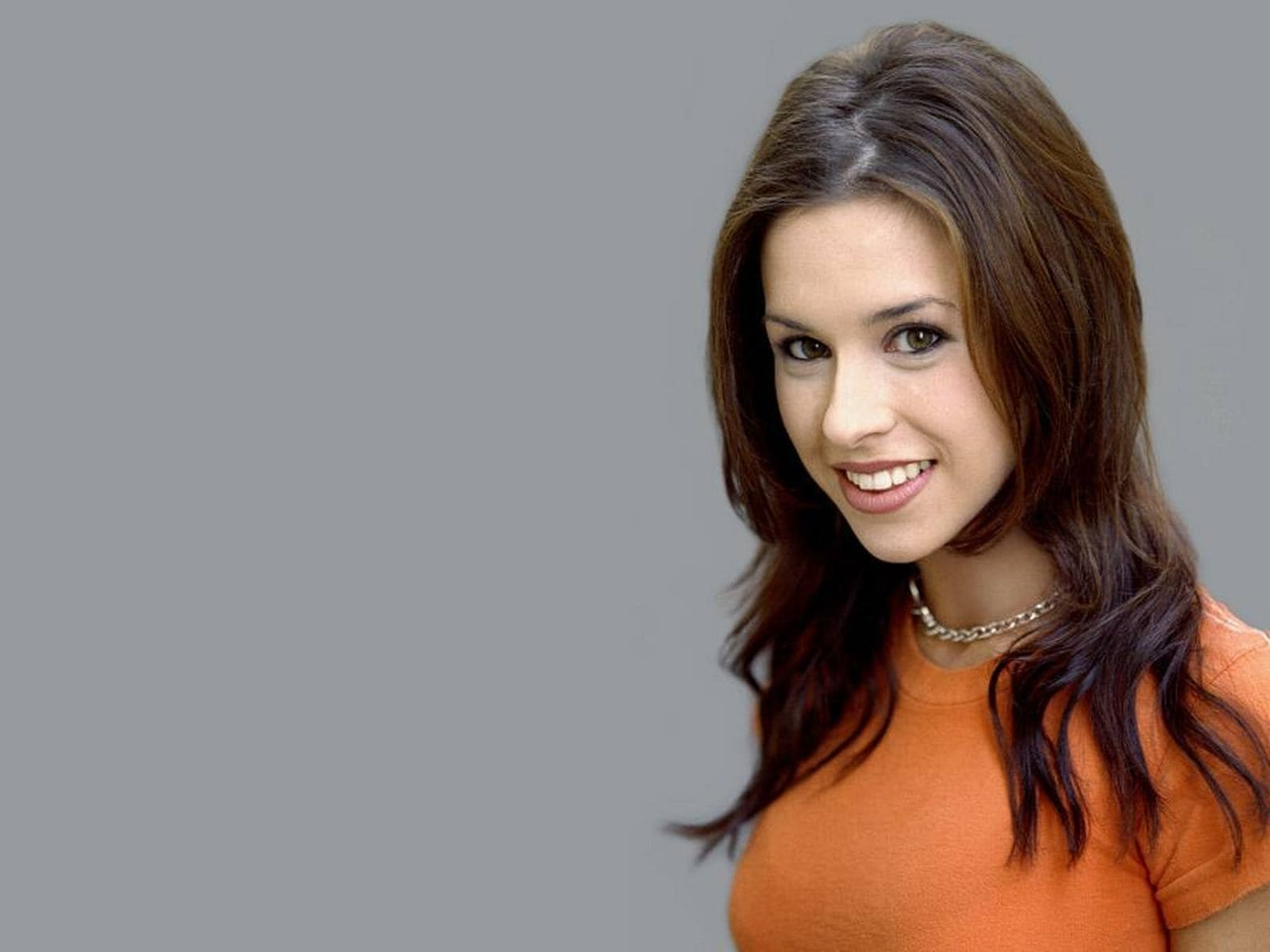 Lacey Chabert Wallpaper