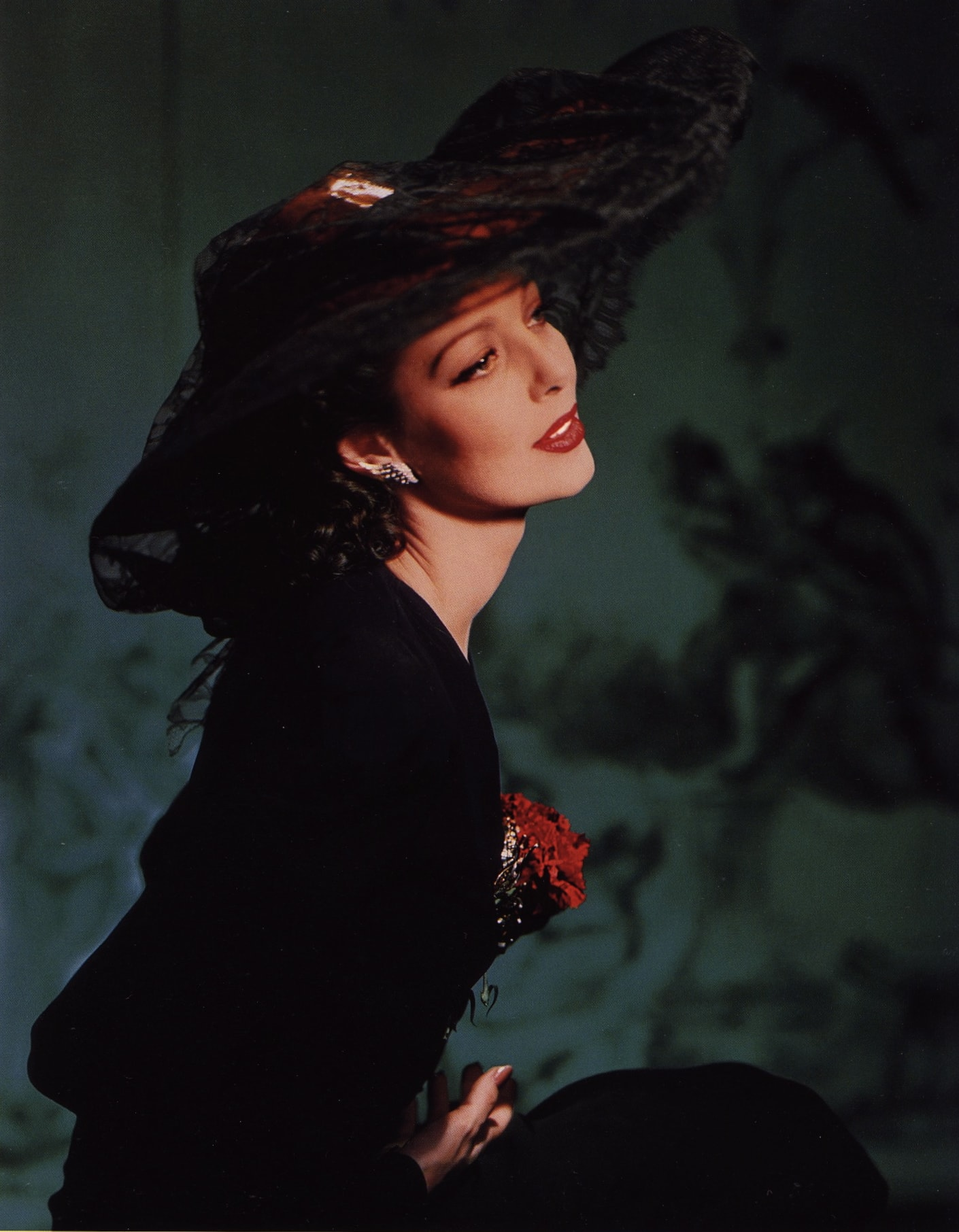 Loretta Young Wallpaper