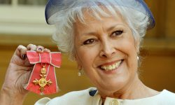 Lynda Bellingham Wallpaper