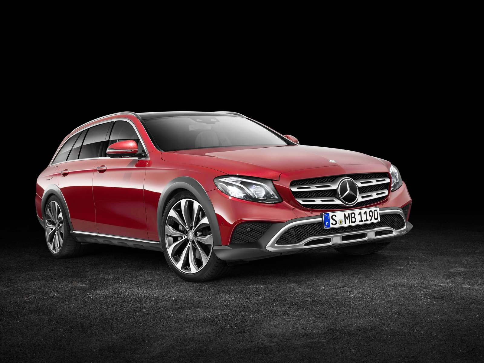 Mercedes E-Class All-Terrain Wallpaper
