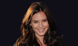 Odette Annable Wallpaper