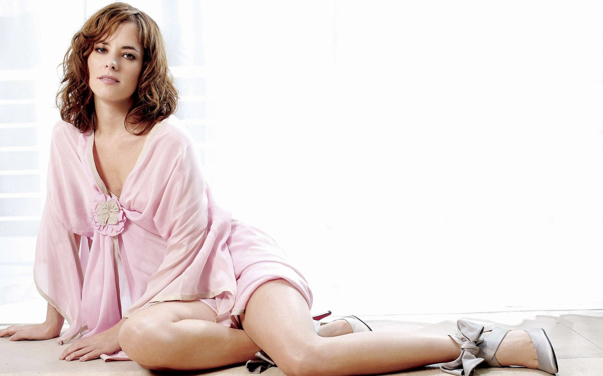 Parker Posey Wallpaper