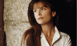 Roma Downey Wallpaper