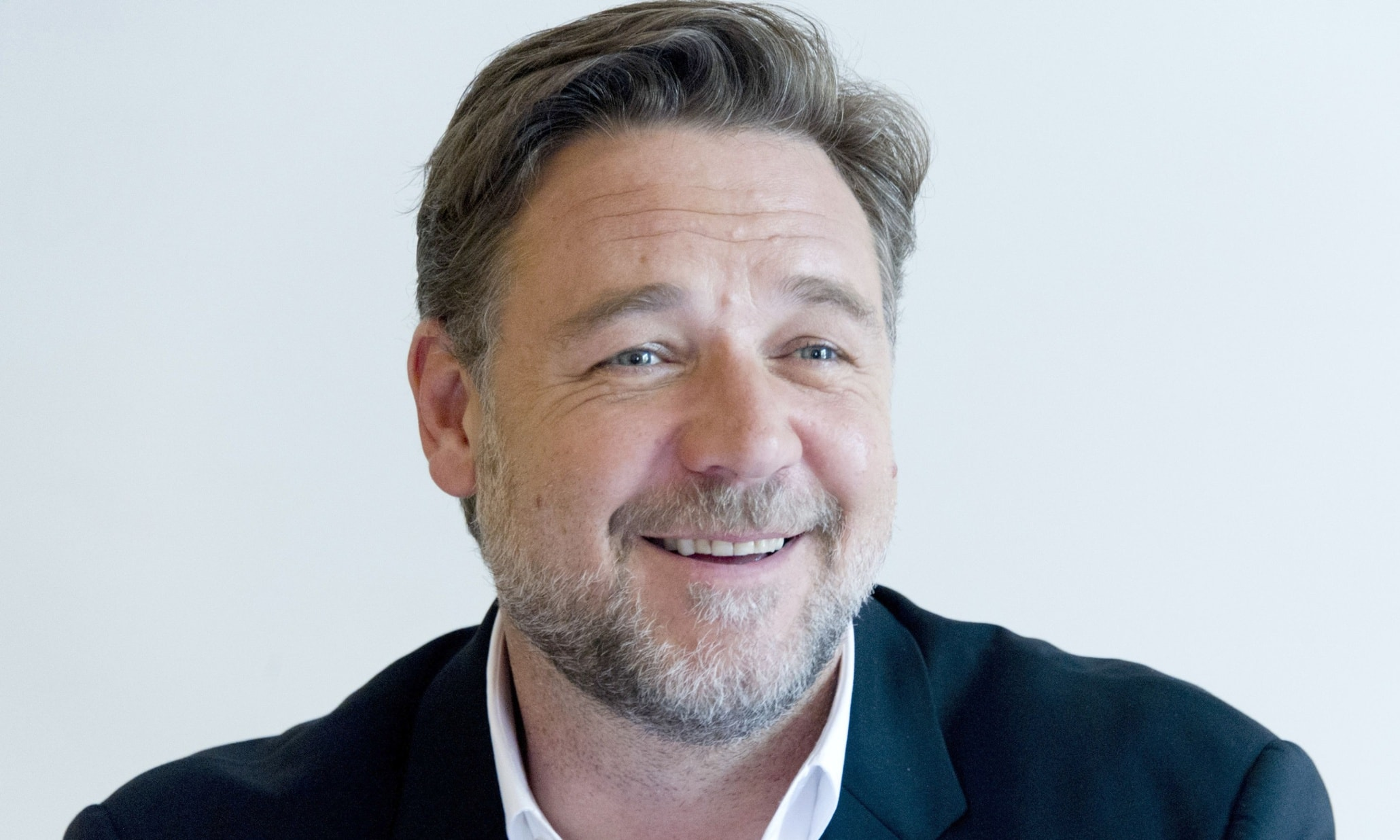 Russell Crowe Wallpaper