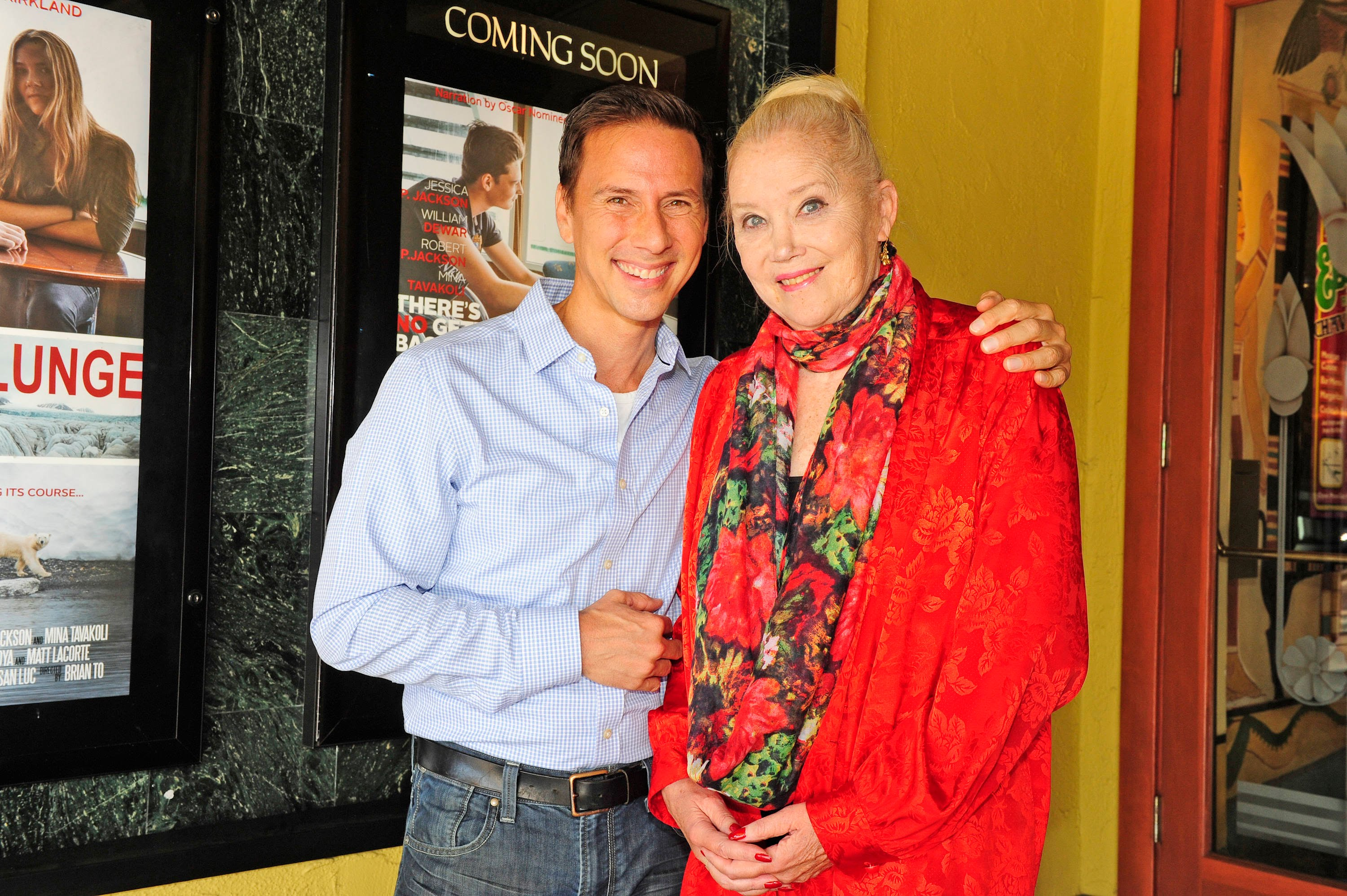 Sally Kirkland Wallpaper