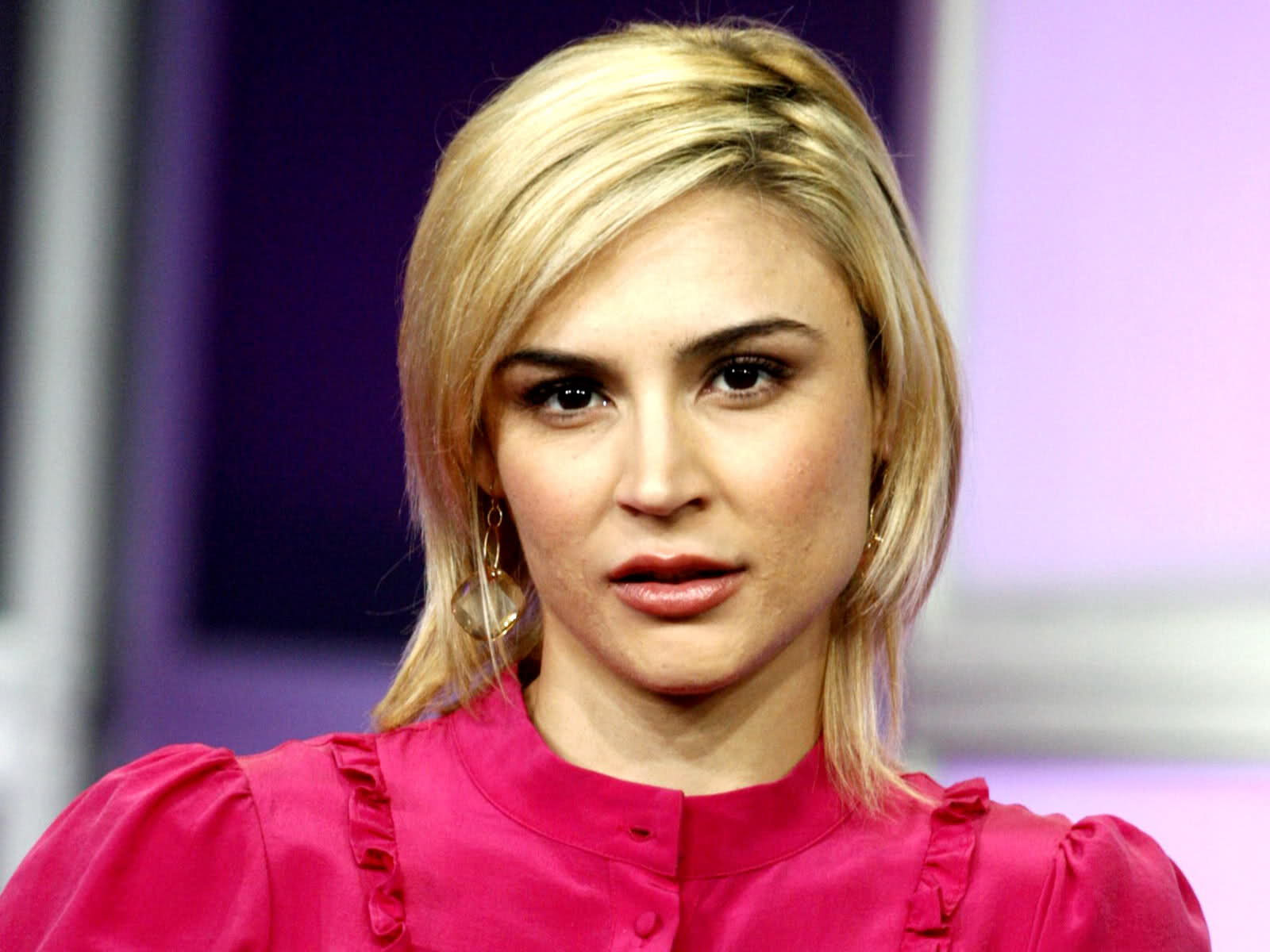 Samaire Armstrong Backgrounds