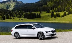 Skoda Superb Combi 3 Wallpaper