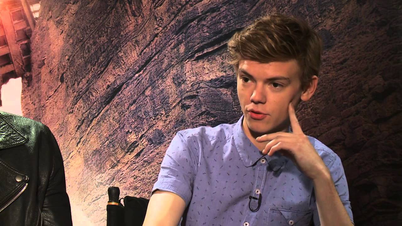 Thomas Brodie-Sangster Wallpaper