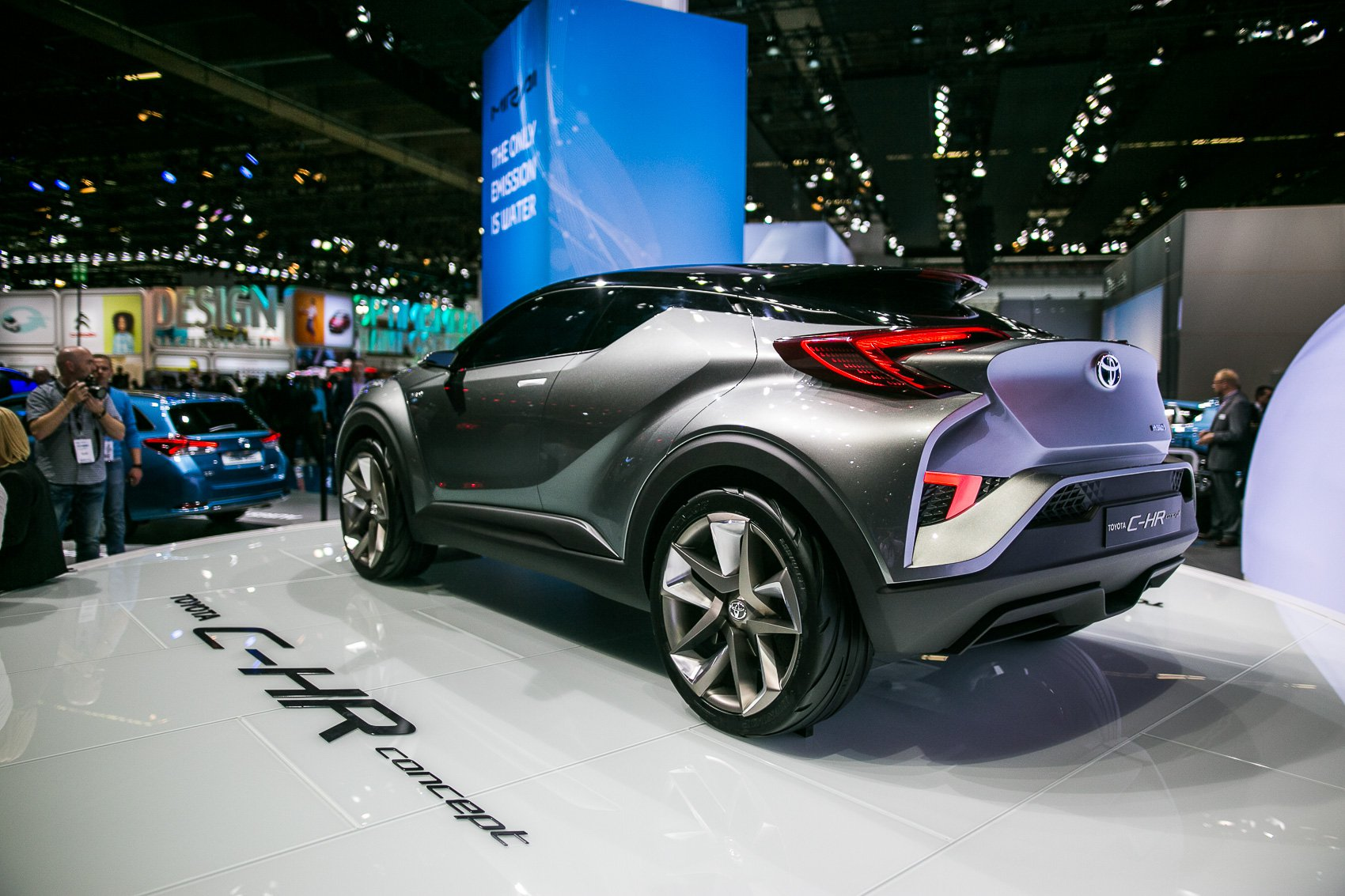 Toyota C-HR Wallpaper