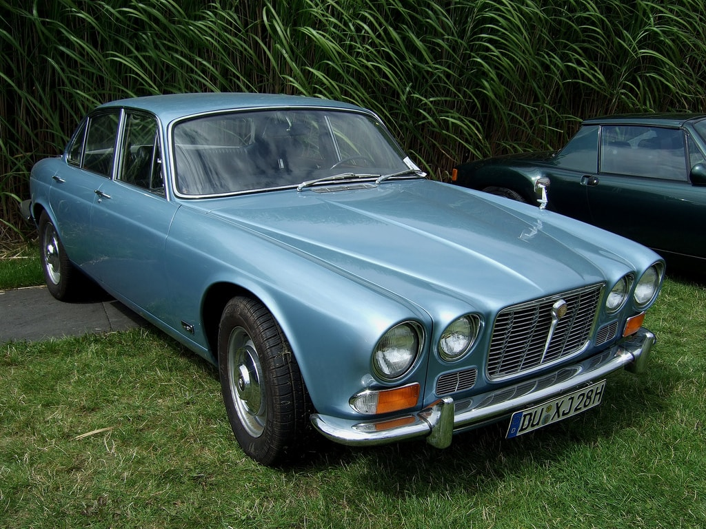 1968 Jaguar XJ6 HD pictures