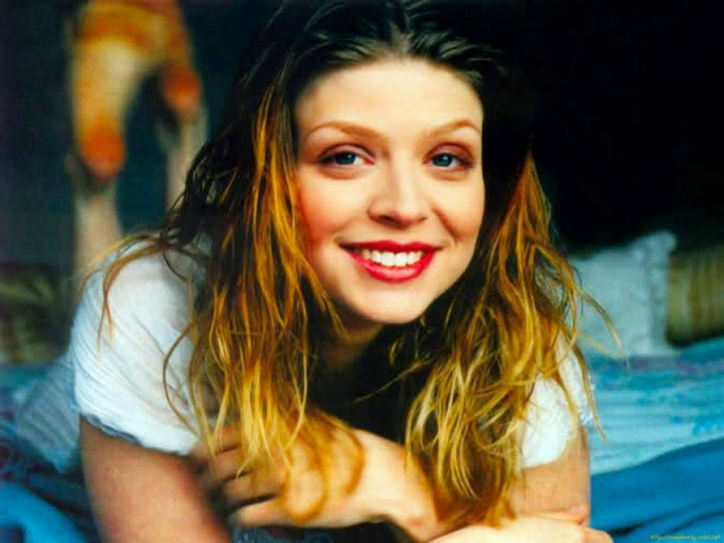 Amber Benson HD pictures