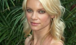 Amy Smart HD pictures