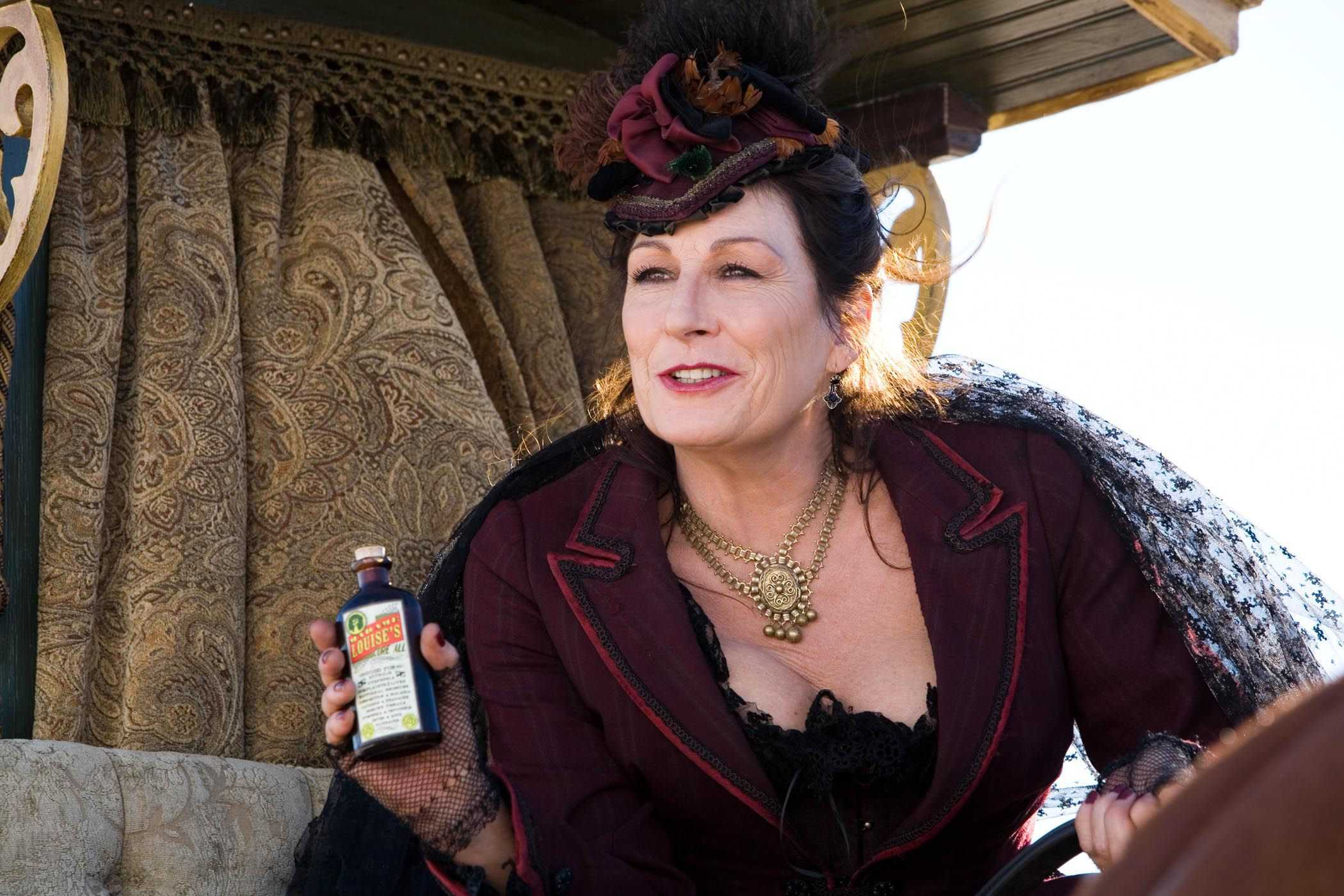 Anjelica Huston HD pictures