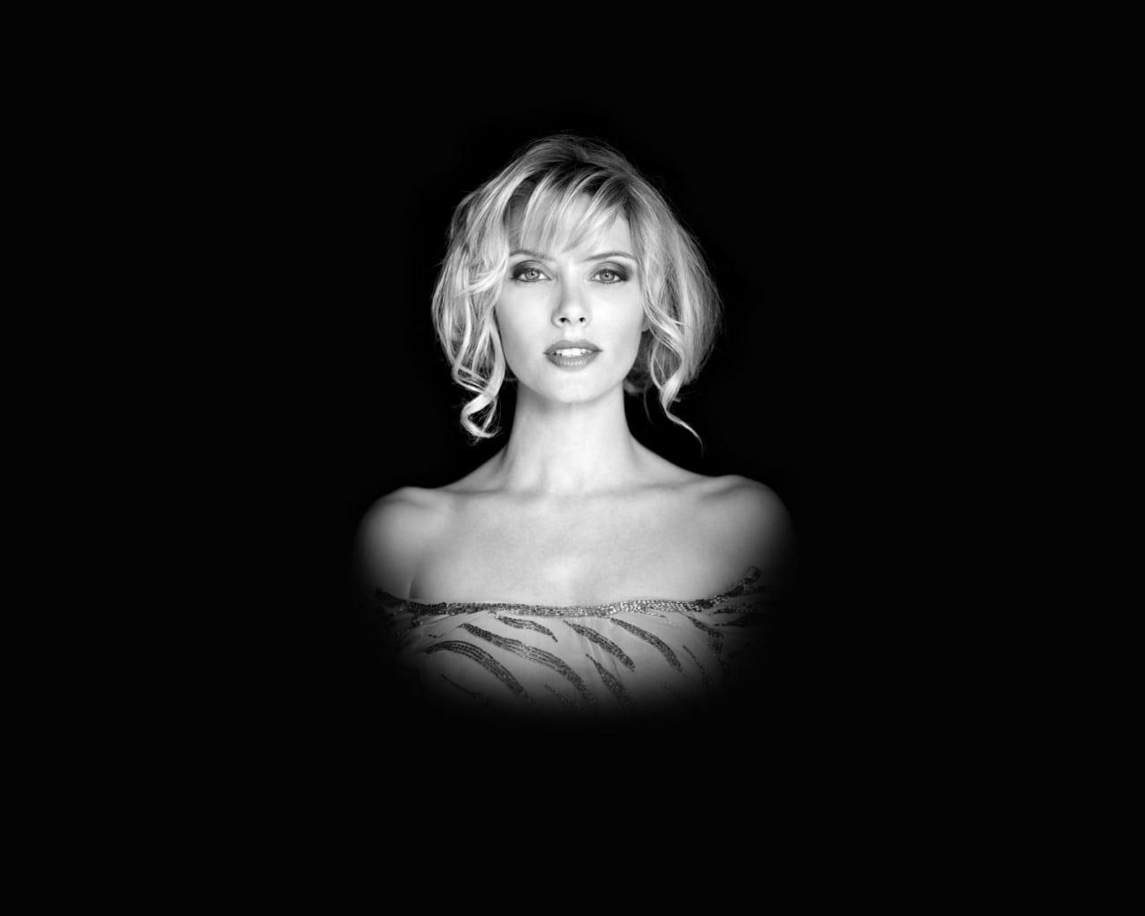 Julie Bowen HD pictures