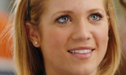Brittany Snow HD pictures