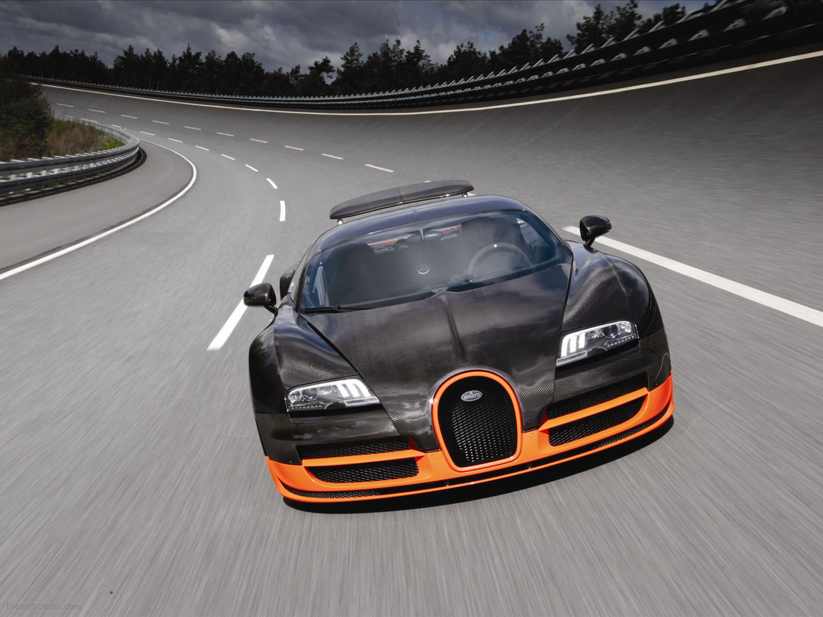 Bugatti Veyron Super Sport HD pictures