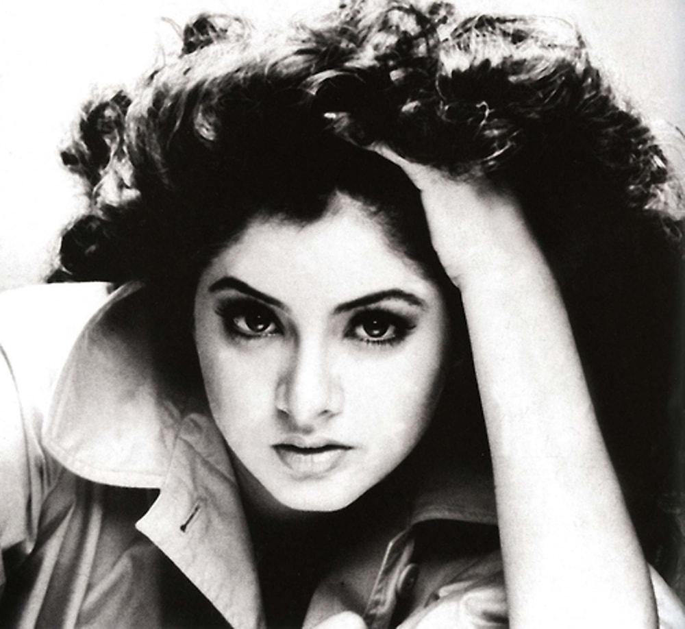 Divya Bharti HD pictures
