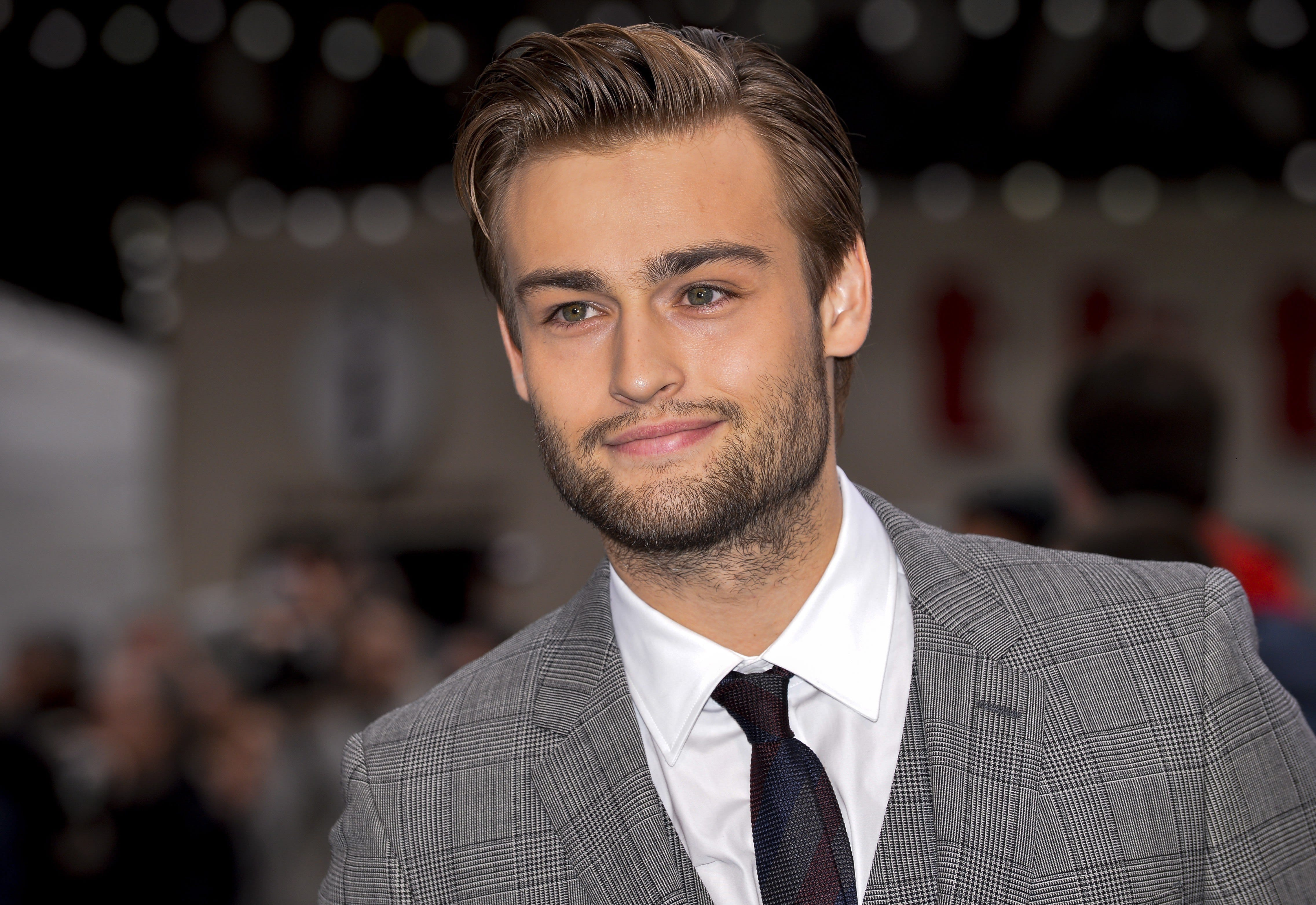 Douglas Booth HD pictures