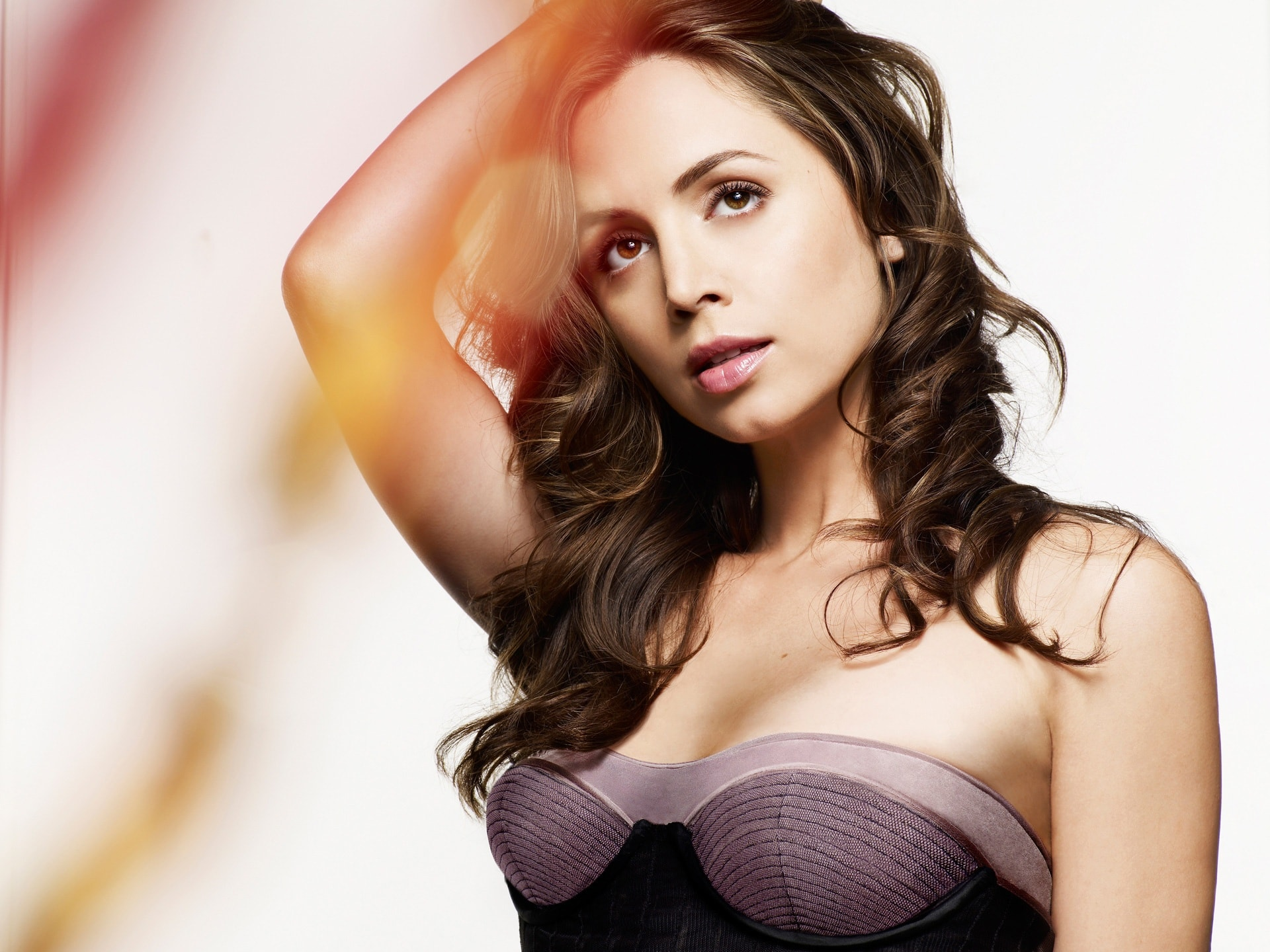 Eliza Dushku HD pictures