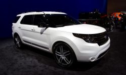 Ford Explorer HD pictures