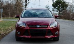 Ford Focus Titanium HD pictures
