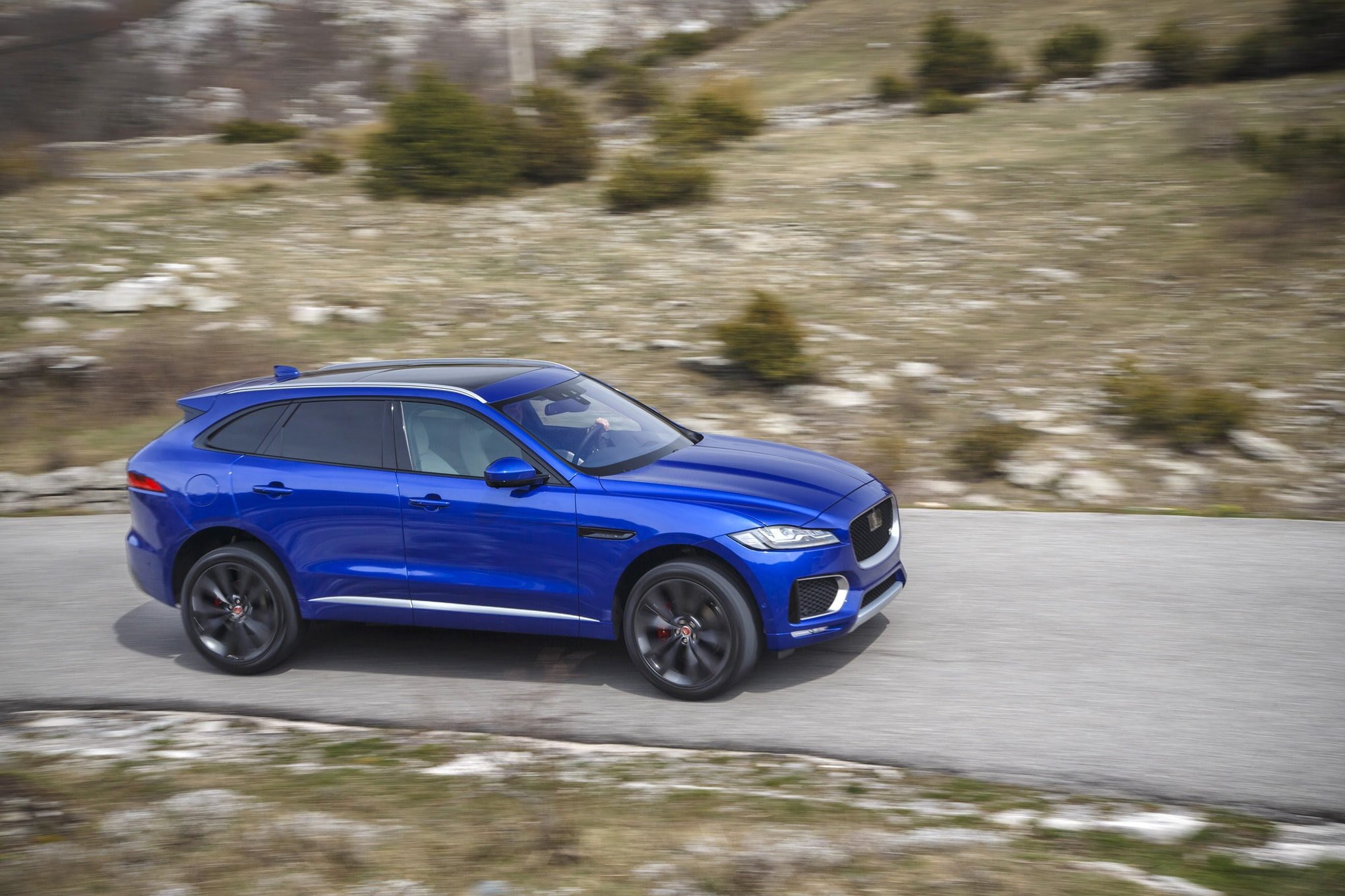 Jaguar F-Pace HD pictures