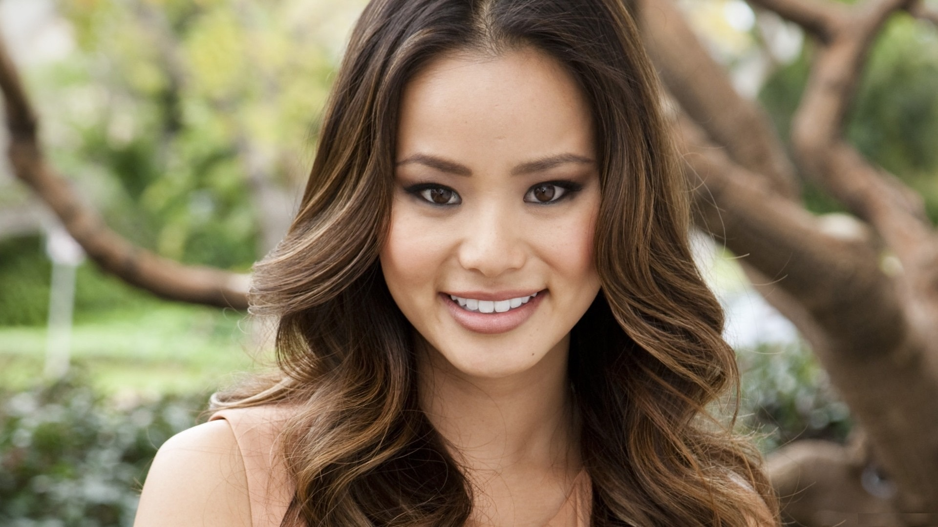 Jamie Chung HD pictures