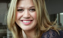 Kelly Clarkson HD pictures
