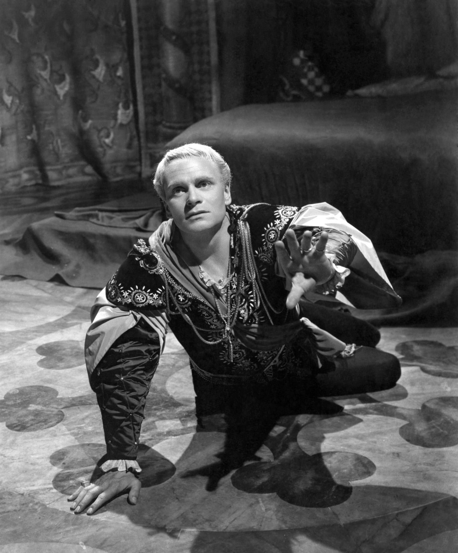 Laurence Olivier HD pictures