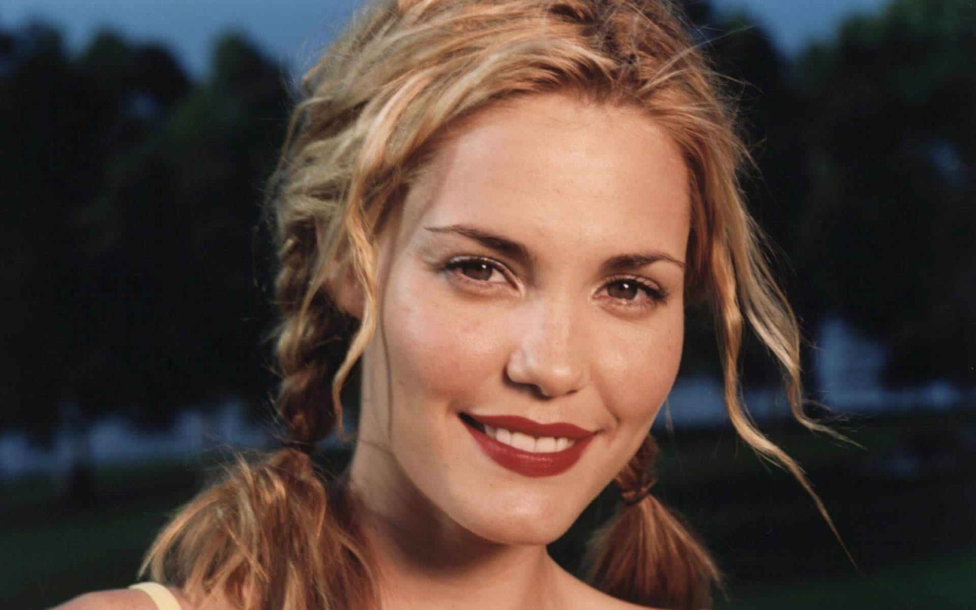 Leslie Bibb HD pictures