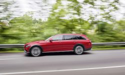 Mercedes E-Class All-Terrain HD pictures
