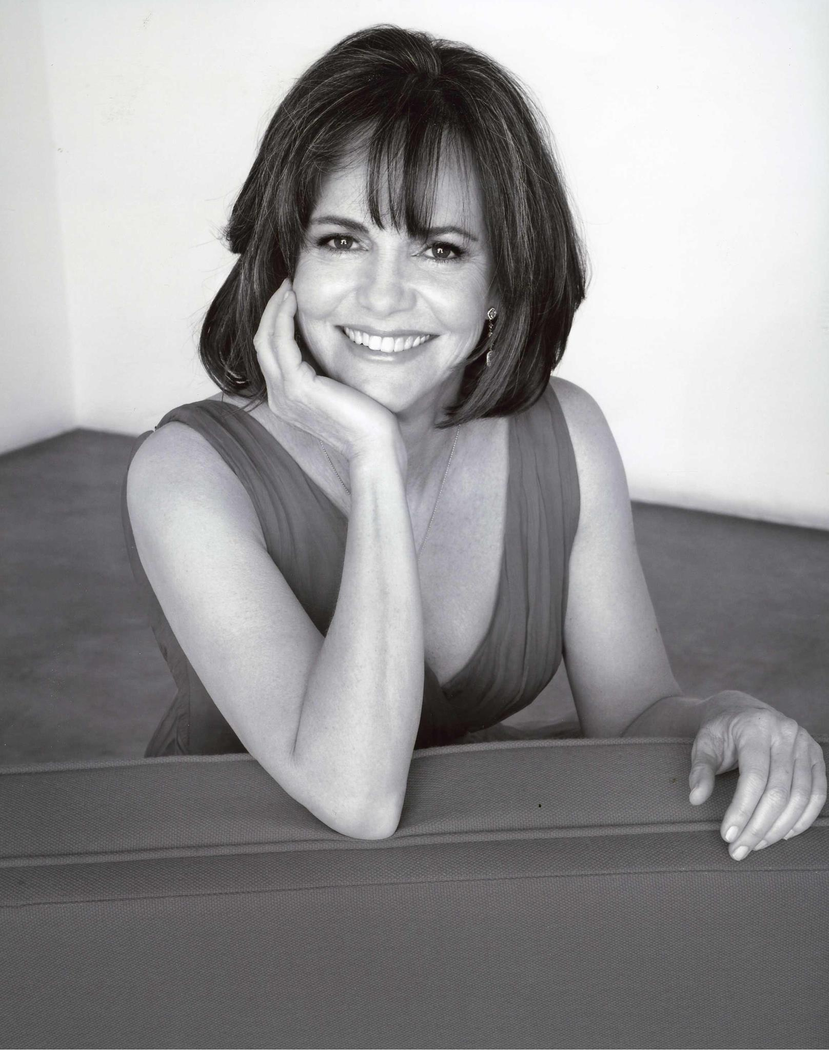 Sally Field HD pictures