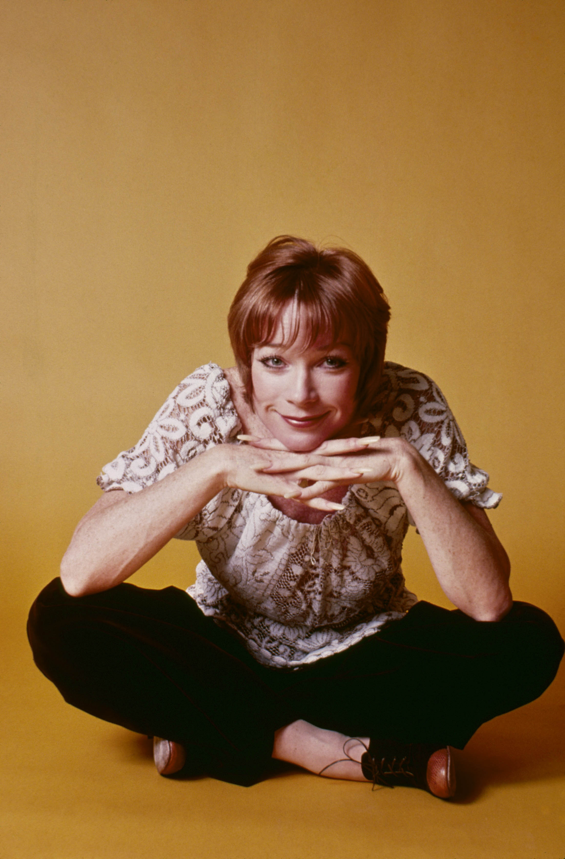 Shirley MacLaine HD pictures