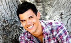 Taylor Lautner HD pictures