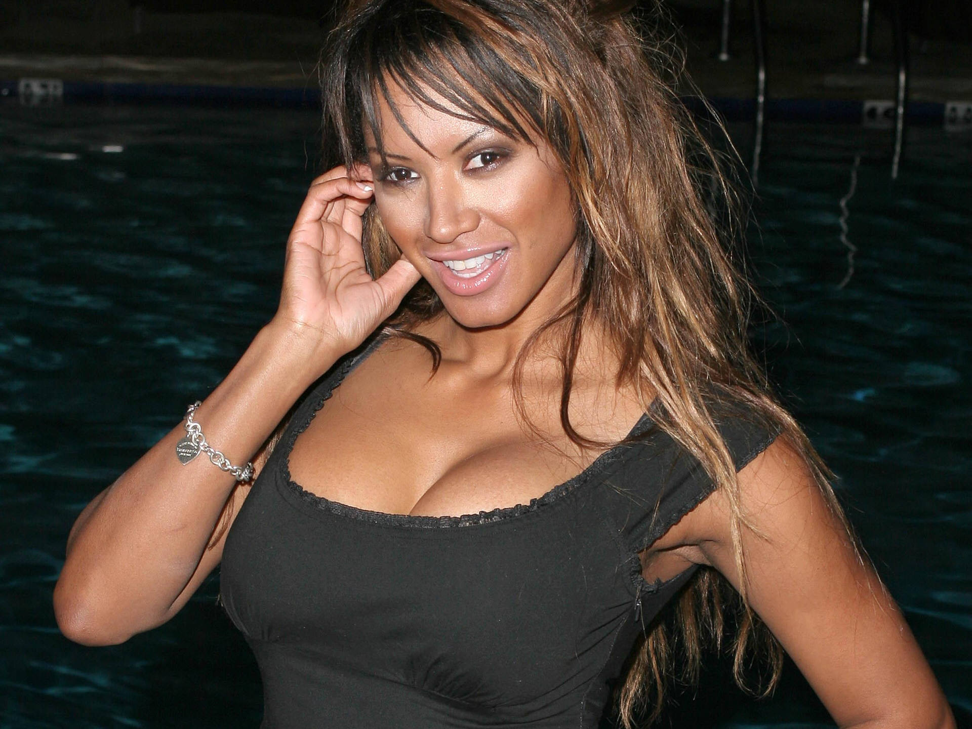 Traci Bingham HD pictures