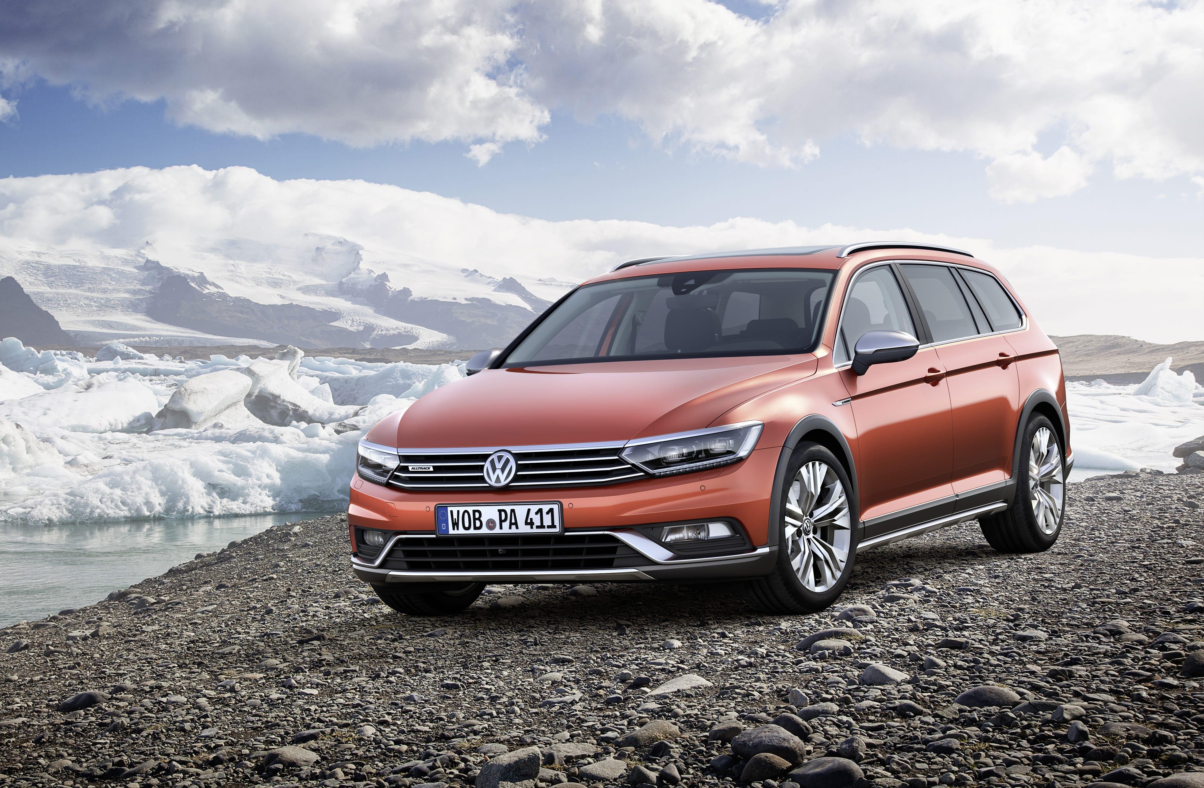 Volkswagen Passat B8 Alltrack HD pictures