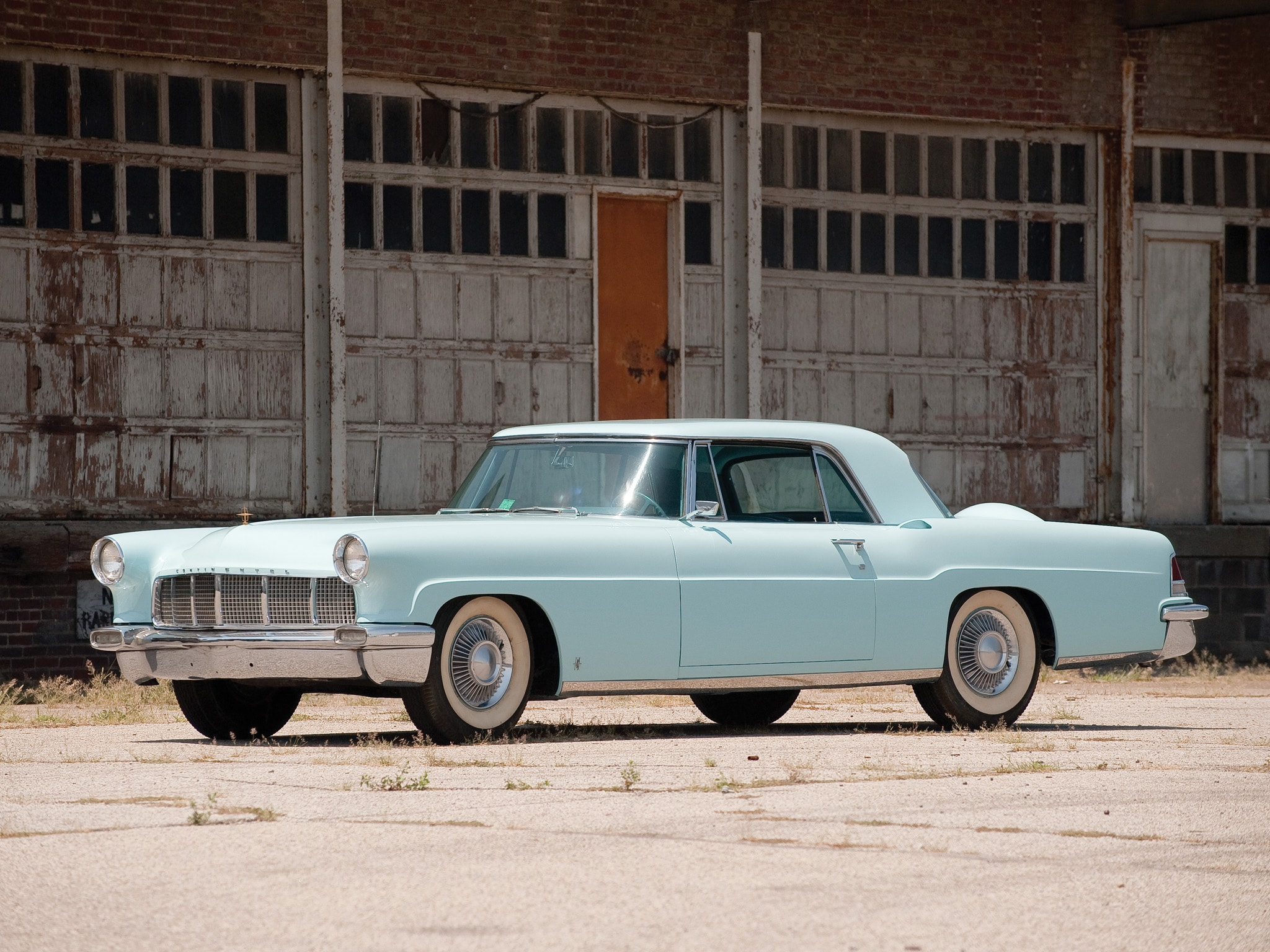 1956 Lincoln Mark II Wallpaper